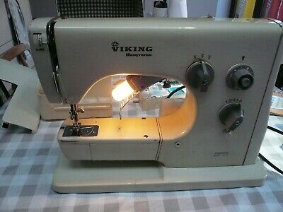 Rare Vintage Husqvarna Viking 3010 Electric Sewing Machine - Zig Zag - Leather