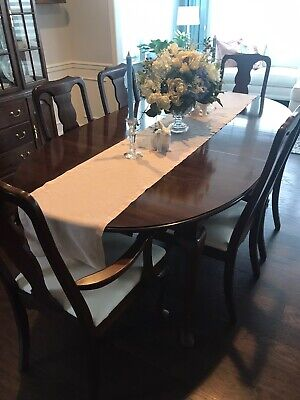 BEST OFFER : Very Nice Dining / Kitchen Solid Cherry Table & Chairs