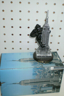 New King Kong Climbing The Empire State Building Statue Gift Box New York