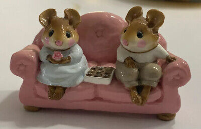 Wee Forest Folk First Date Mice M-134 Pink Couch Signed William Petersen