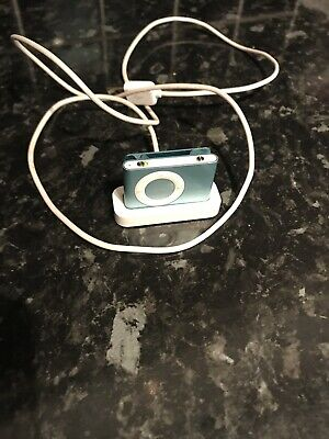 Apple 1GB 2nd Generation iPod Shuffle - Blue Clip With Charger Docking Station