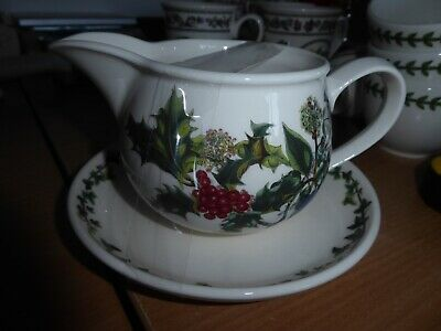 BNWT Collectors Portmeirion Holly and Ivy gravy jug and plate