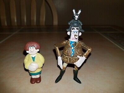 Wallace and Gromit WENDOLENE & Curse of the Were-Rabbit VICTOR Figures Set of 2