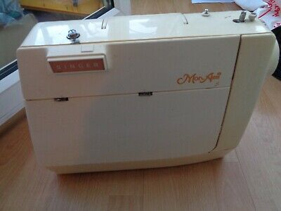 Singer Mon Ami Sewing Machine For Spares Or Repair