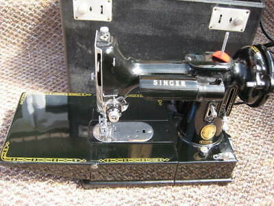 1957 Singer 222K Featherweight Free Arm Sewing Machine Stunning
