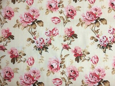 GOLD RED FLOWER FLORAL SEWING Offcut Remnant 75 cm x 100 cm Polycotton Fabric