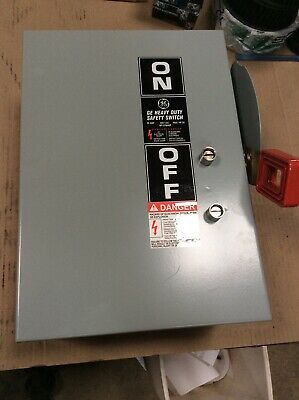 GE NP1578000F Heavy Duty Safety Switch