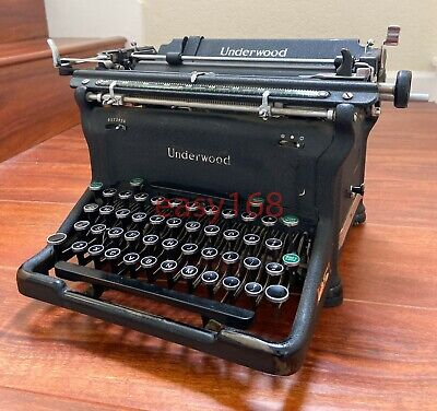 Antique Vintage Underwood Champion Typewriter 1945s USA Black S5572513-11 3 5