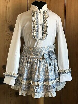 L&B GIRLS SPANISH BLUE & WHITE LONG SLEEVE SHIRT & SKIRT OUTFIT..AGE 6 Years.