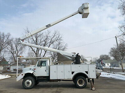 1999 International 4800 4x4 Hi Ranger 60' Bucket Boom Truck DT466 Diesel 6 Speed