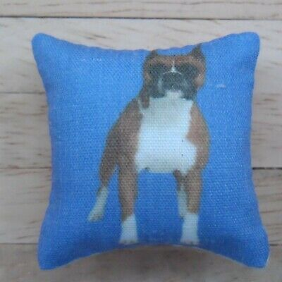 1//12th Scale Dolls House Dog Breeds Themed Blue Cushion Airedale Terrier