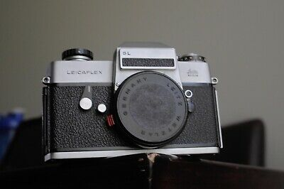 Leicaflex SL  Camera body only with strap and body cap case