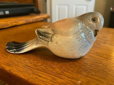 Adorable Vintage Ceramic Bird Fat With Long Tail Pink Blue