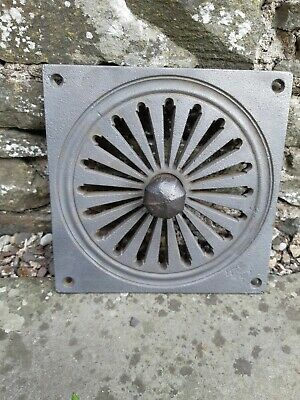19th Century Square Cast Iron Decorative Air Vent Carron Falkirk