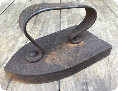 Vintage French Flat Iron - Antique - Cast Iron - Sad Iron