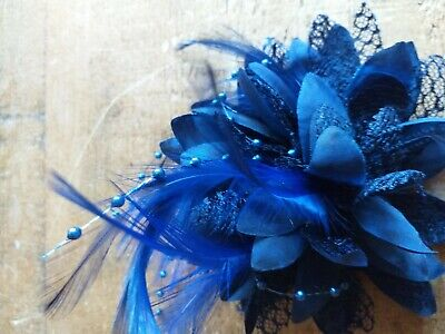 BNWOT Navy Blue Flower Wedding Guest Lace/Beads/Feathers Hair Clip/Tie