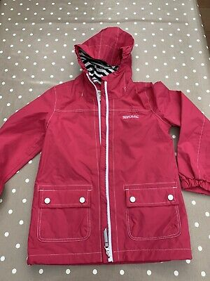 Bright Pink And White Regatta Girls Rain Jacket / Coat Age 9-10