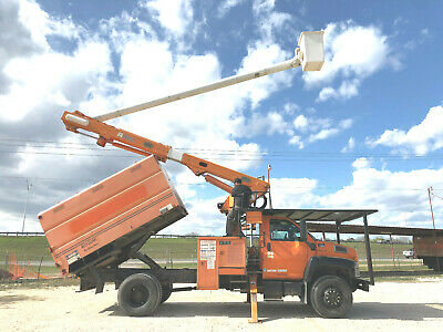 2006 GMC C7500 Altec 60' Forestry Chipper Dump Bucket Boom Truck Over Center Hyd