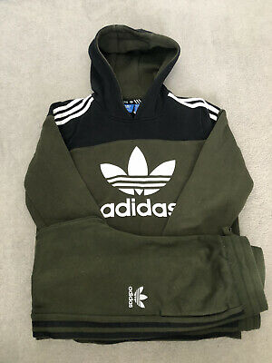 Boys Adidas Tracksuit 13-14 Years