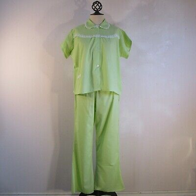 Green 1970s Pajama Set Vintage Broadcloth White Lace Trim Bell Bottom S-M
