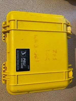 PELI 1200 Case With base and lid foam