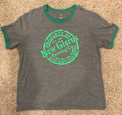 New Glarus Brewing  T Shirt XL Spotted Cow Beer  bottle caps Wisconsin lot