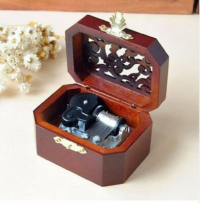 WOODEN OCTAGON CARVING MUSIC BOX :  Harry Potter Hedwig's Theme Soundtrack