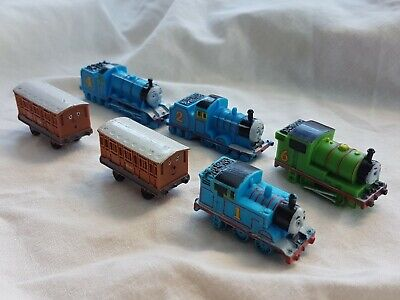 THOMAS the TANK Engine miniature trains Edward Gordon Percy Annie clarabel 6 toy