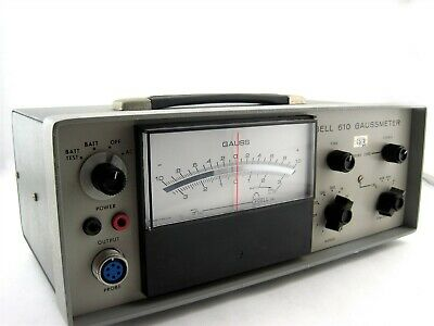FW Bell 610 Gaussmeter Scientific Magnetic Flux Measuring Instrument 218740