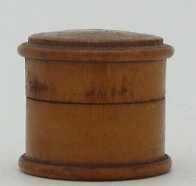 Antique Treen Patch Box Made From Piece Of Laurel Used In The Paris Treaty 1814