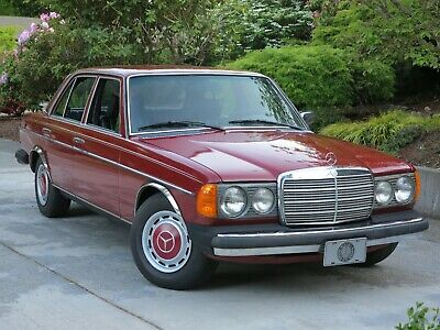 1977 Mercedes-Benz 300-Series 300D 1977 Mercedes-Benz 300D - BEST OF THE VINTAGE DIESELS - DRIVE ANYWHERE !