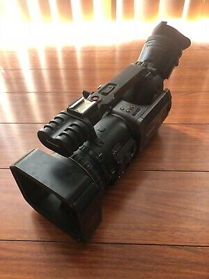 Panasonic DVX100 Camcorder -  Black / 2 batteries / 1 charger