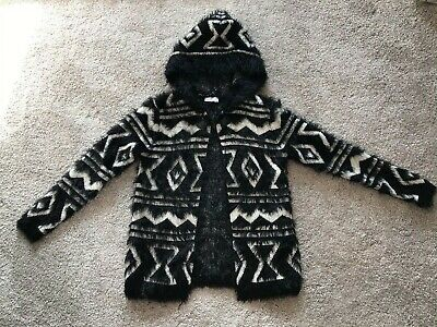 Matalan Girls Black And White Fluffy Hooded Cardigan Jacket Age 8-9 Years