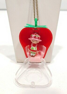 Vintage 1981 Strawberry Shortcake American Greetings Necklace
