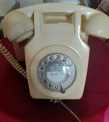Vintage BT 741 Wall Mounted Telephone Complete with bracket -Un-Tested-