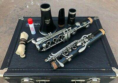 Vito Bb Clarinet 7214 Model with LeBlanc Hard Case, Excellent Condition