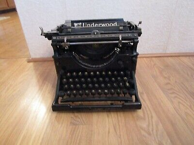 Antique Underwood Standard Typewriter No 5 Serial # 1068745