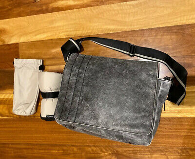 Oioi Nappy Bag Daddy Diaper Leather Bag