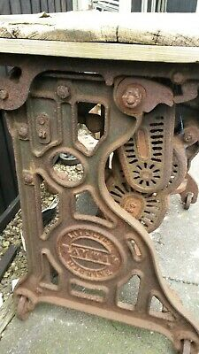Vintage Cast Iron Mangle/ Antique