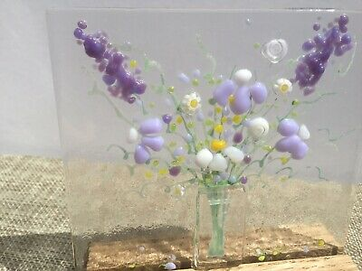 Handmade Bright Cheerful Everlasting Flower Bouquet Fused Glass Sun Catcher