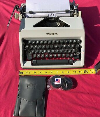 Vintage Olympia Typewriter De Luxe- Clean And User Friendly