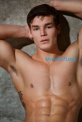 Shirtless Bare Chest Abs Muscular Fitness Gym Jock Hunk