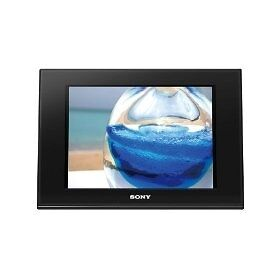 "Sony DPF-D80 8"" Digital Picture Frame"