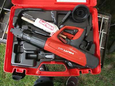 Hilti DX 5 Fully Automatic Powder Actuated Tool lightly used looks great