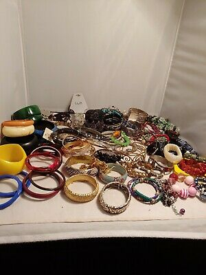 COSTUME JEWELRY LOT misc bracelets over 100 count 5 lbs