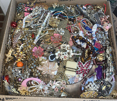 19 Pounds Jewelry Junk Grab Bag - Scrap ~ Wearable ~ Wow! 3 Day Auction ONLY