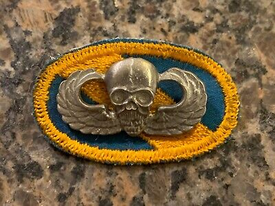 Cold War/Vietnam? US ARMY Special Forces Skull Paratrooper Badge / Patch