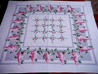 Vintage WISTERIA Printed Cottage FLORAL Tablecloth Charming CLASSIC Flowers