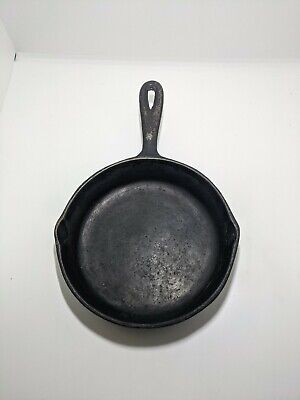 """Vintage Cast Iron 6"""" Camping Grilling Small Skillet Cooking Pan"""