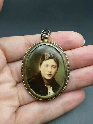 Rare Antique Victorian DOUBLE SIDED American Coloured Photo Locket.